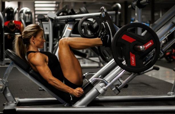Упражнения для похудения в тренажёрном зале: комплексы и программы тренировок для мужчин и женщин. Базовая нагрузка в тренажерном зале