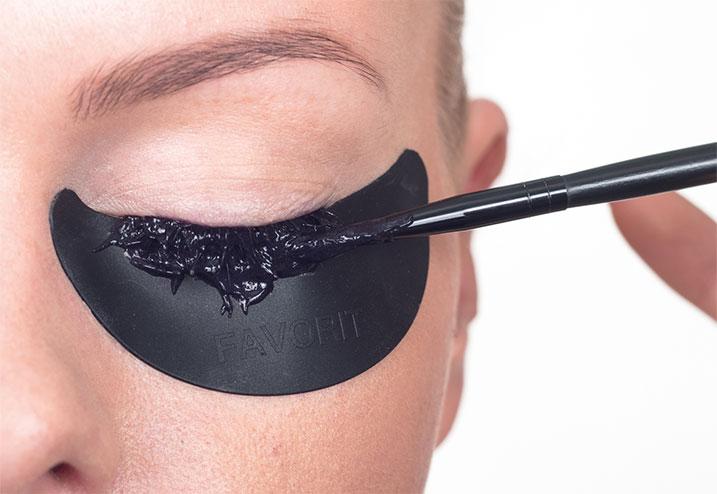 eyebrows-img-5 Как покрасить ресницы в домашних условиях самой себе: как правильно и пошагово красить самостоятельно