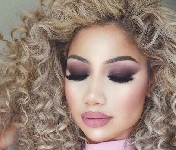 Макияж под черное платье (26 фото): какой сделать вечерний make-up на выпускной к черному наряду для брюнеток и русых